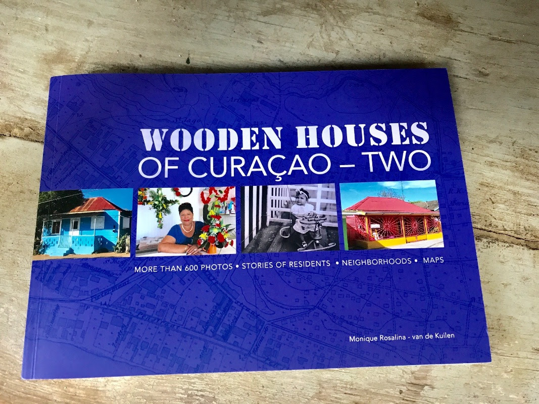 Book – Wooden Houses of Curacao Two